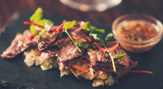 Sirloin slices with chilli and coriander